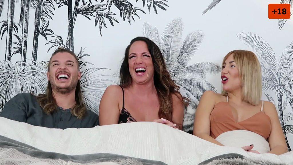 """Steisy y Pablo se meten en la cama con Samira y hablan de sexo: """"Mi maniobra ancestral no falla"""" (2/2)"""