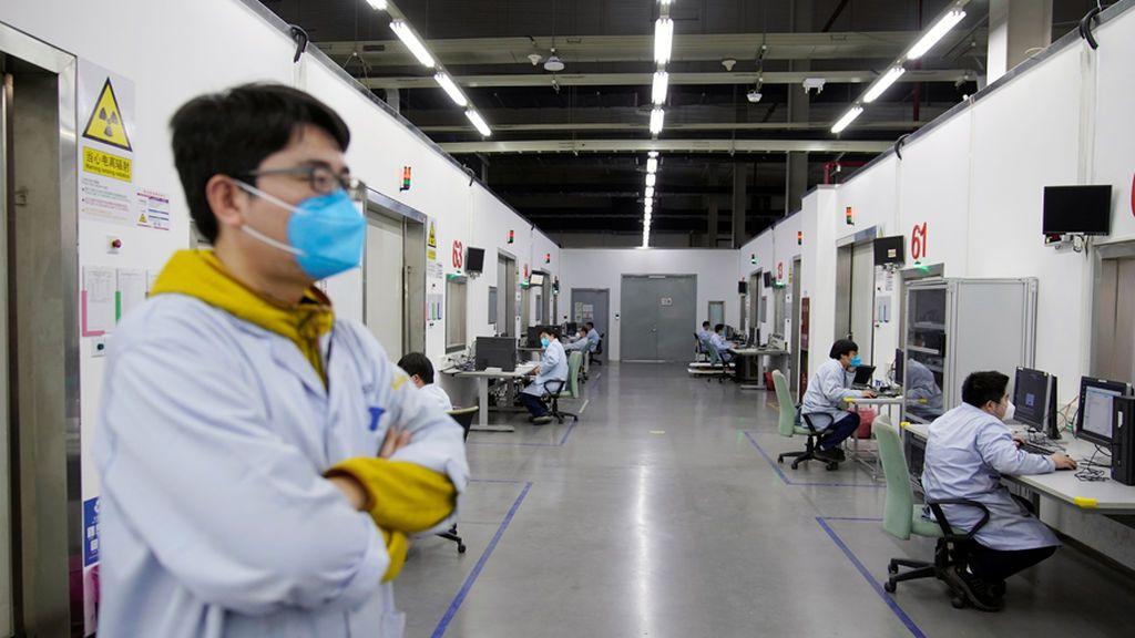 Coronavirus en China: 2.663 muertes  y 77.658 contagiados