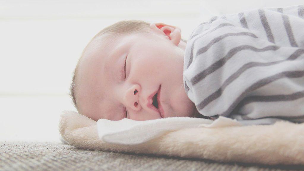 """Jesús Garrido, el pediatra influencer: """"Sí hay tratamiento para el cólico del lactante"""""""