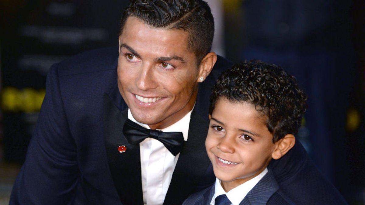 El hijo de Cristiano Ronaldo estrena cuenta en Instagram hablando cuatro idiomas