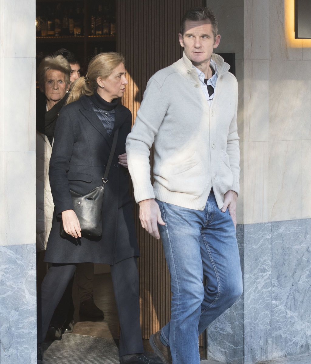 Iñaki Urdangarín disfruta sus últimas horas en libertad junto a la Infanta Cristina en Vitoria