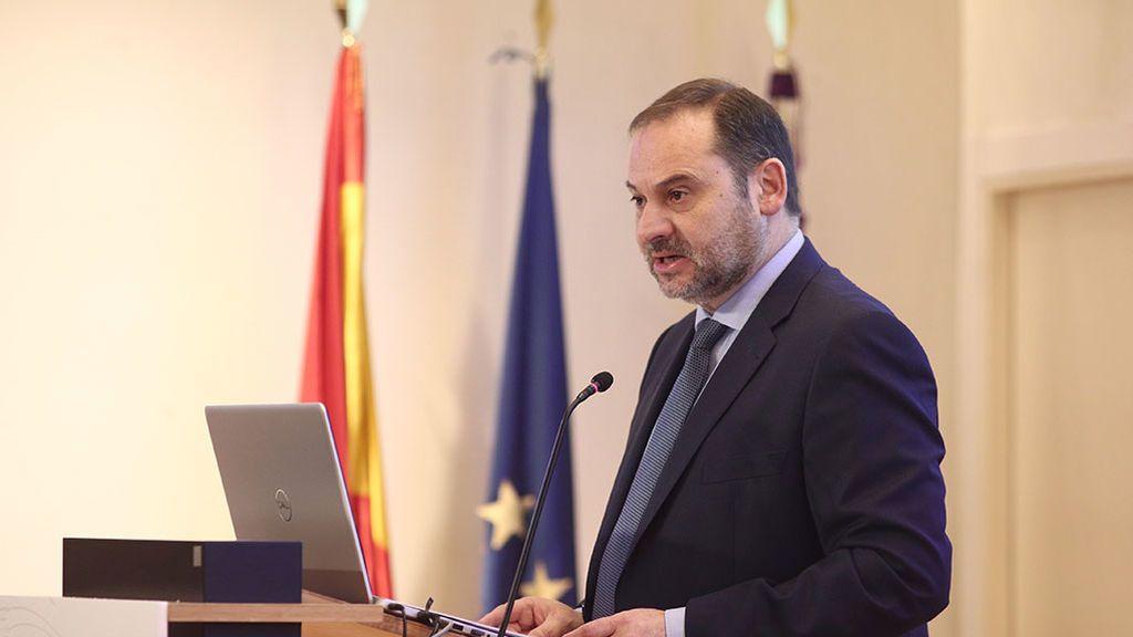 En directo: Ábalos presenta las líneas maestras del ministerio de Transportes para esta legislatura