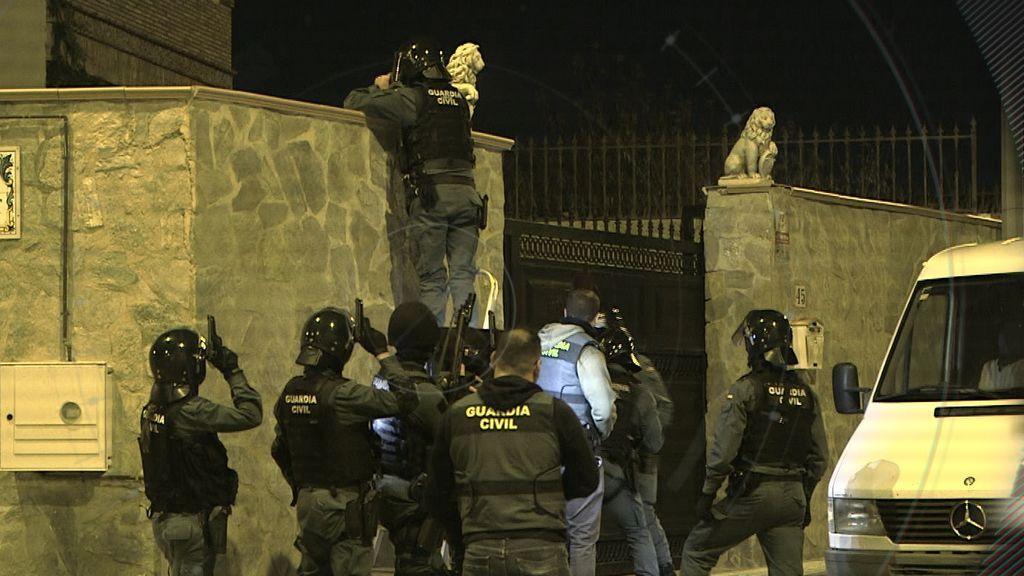 'En el punto de mira' acompaña a la Guardia Civil en una gran redada para desmantelar una organización de tráfico de personas