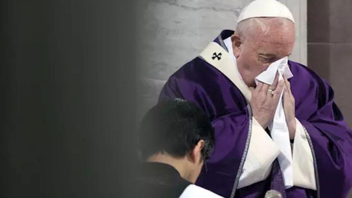 El Papa, con resfriado, suspende su encuentro con el clero tras el baño de masas en la Plaza de San Pedro