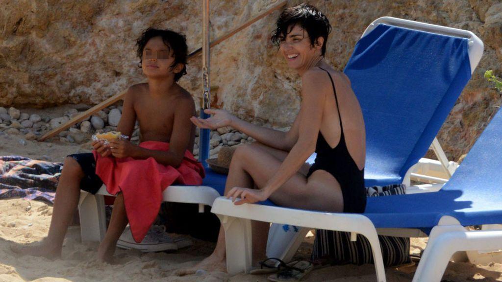 Paz Vega, de vacaciones en familia en Ibiza