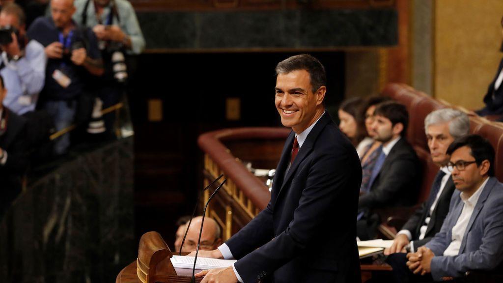 El PSOE arrasa en el CIS  y le saca doce puntos al PP: la mesa no pasa factura