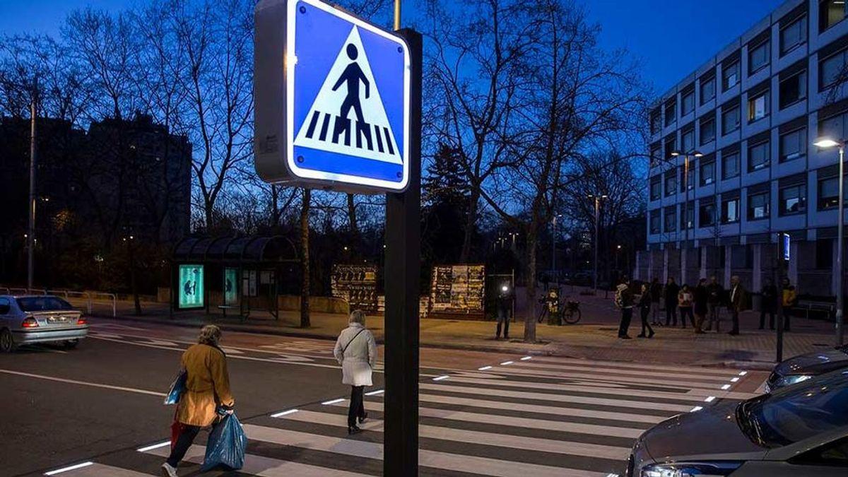 La moda de caminar eleva los atropellos mortales en carretera