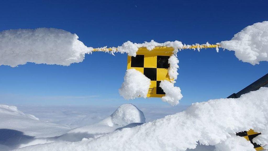 Riesgo de desprendimientos en Pirineos: se disparan las temperaturas tras las nevadas