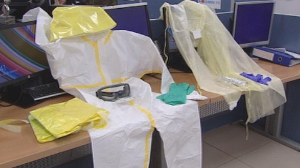 Trajes absolutamente precintados para protegerse del coronavirus