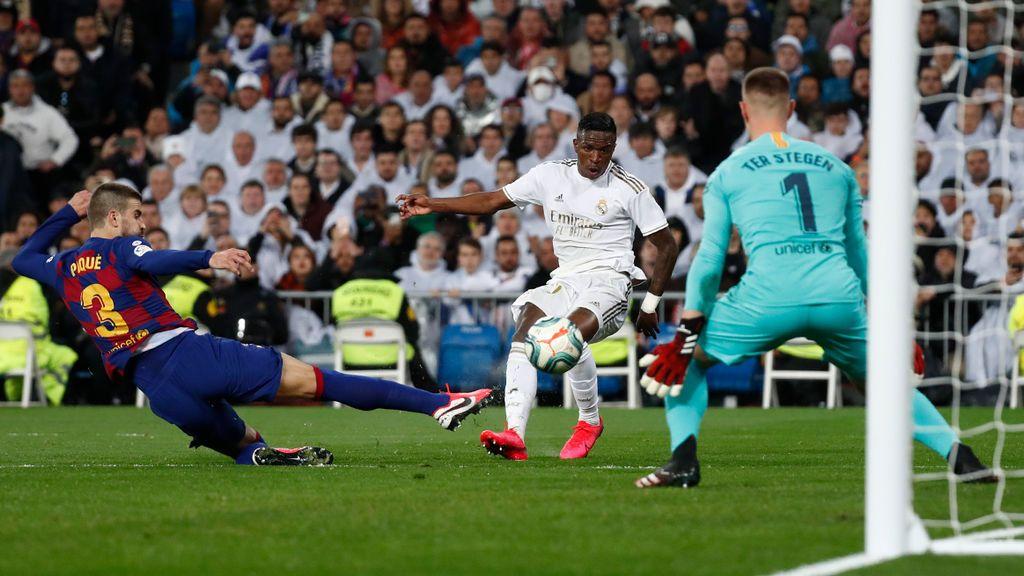 Vinicius decide El Clásico y coloca al Real Madrid líder de LaLiga por delante del Barça (1-0)