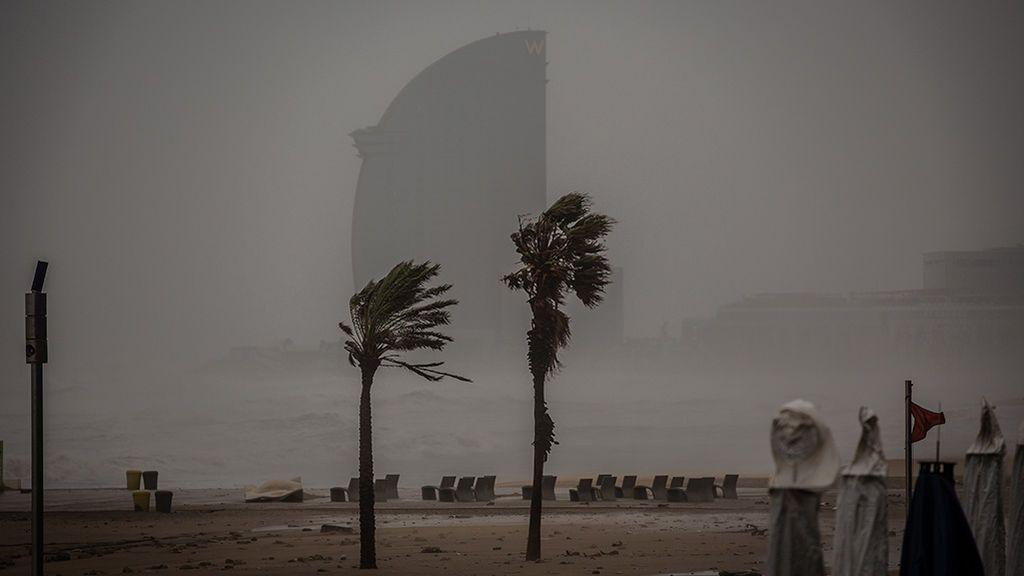 La borrasca Karine pondrá en alerta a toda España por fuertes vientos, lluvias y oleaje
