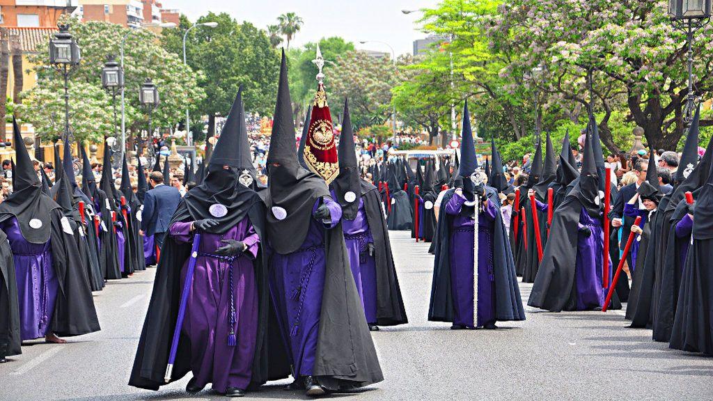 Cinco procesiones de semana santa que debes conocer aunque seas ateo