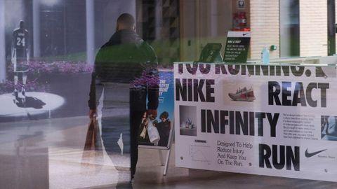 delicado sátira Trágico  Nike cierra su sede central en Europa por un caso de coronavirus - NIUS