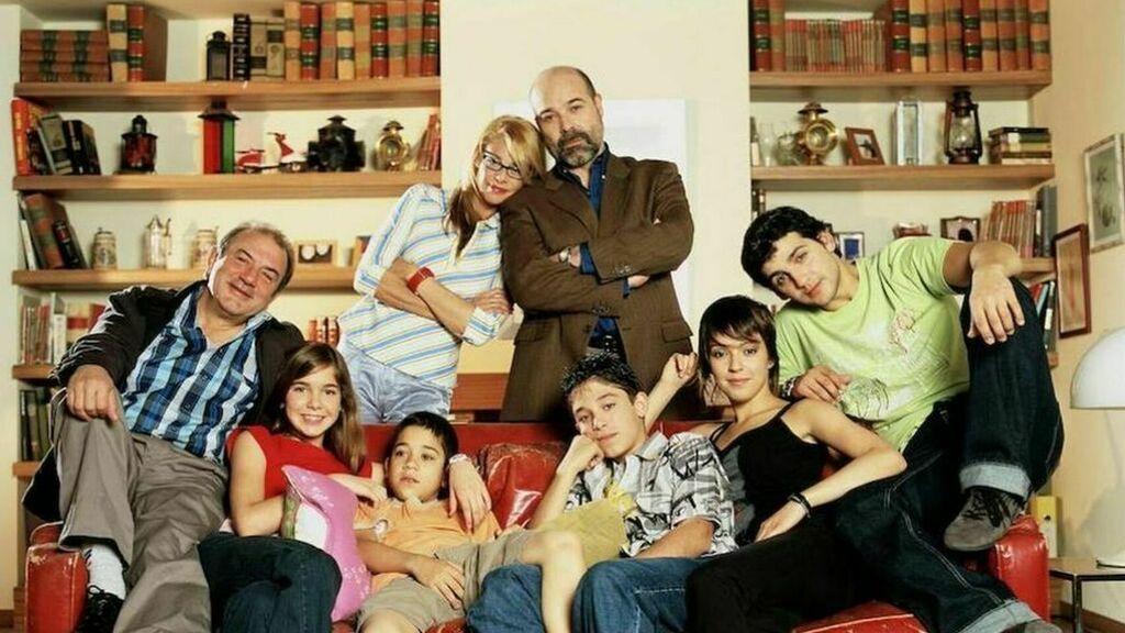 30 años de Telecinco: resuelve los puzles de las cabeceras que hicieron historia