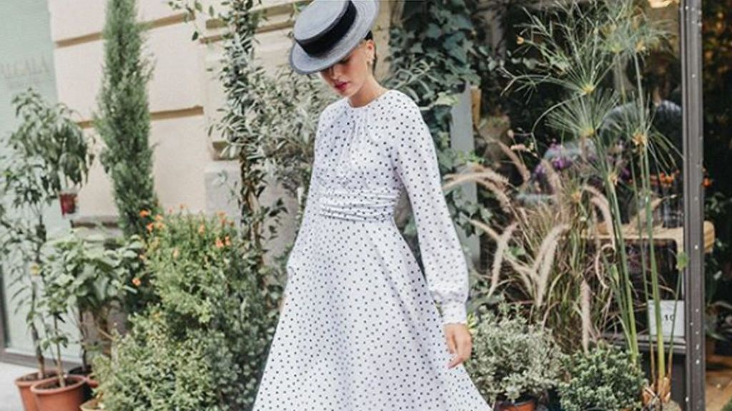 Canotier: el sombrero perfecto para todas las invitadas de boda