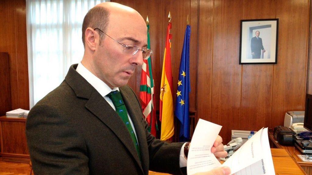 El PP recupera a Urquijo, ex delegado del Gobierno, como candidato por Álava para las autonómicas