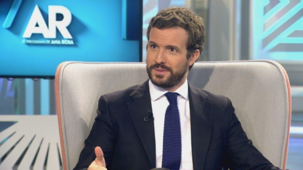 Casado acusa a Iglesias de amenazar a la oposición y a Sánchez de mentir