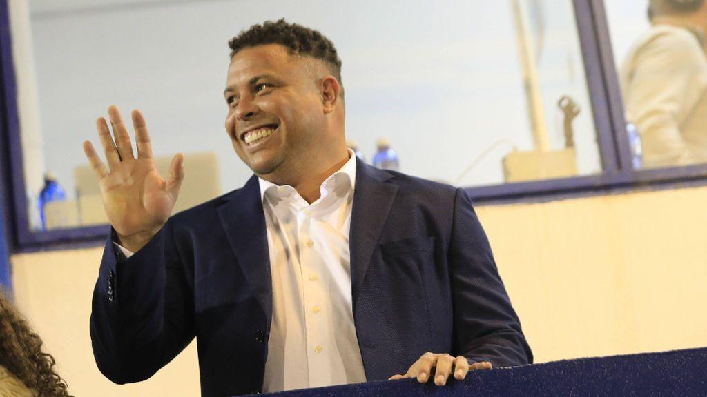 La última y peculiar prima de Ronaldo a los jugadores del Valladolid: un Iphone y dos billetes de avión