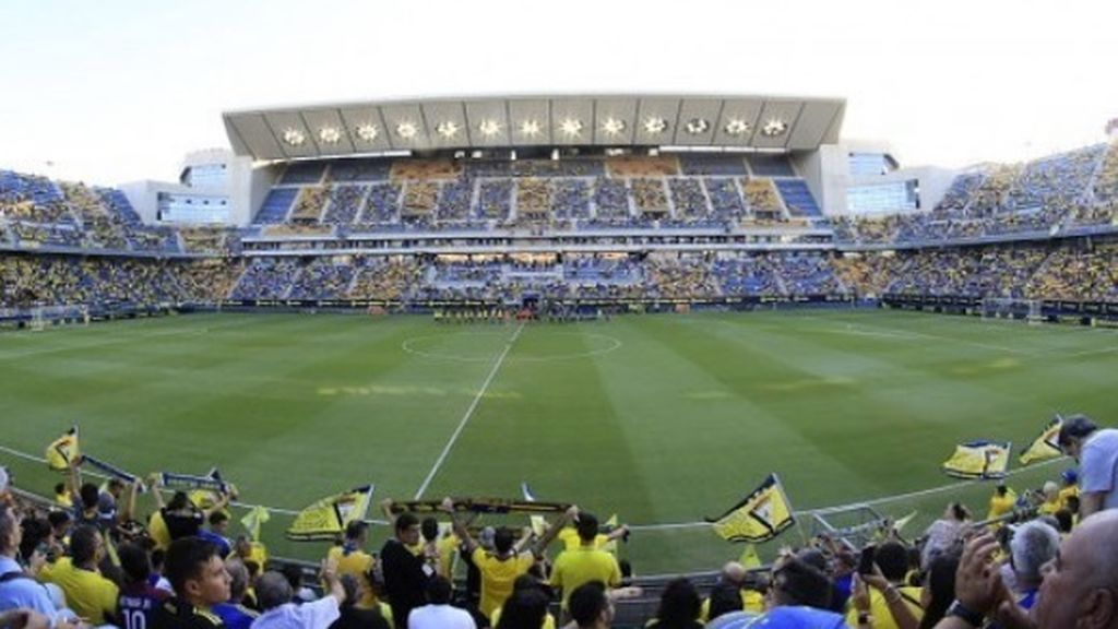 El Cádiz, sancionado por la FIFA