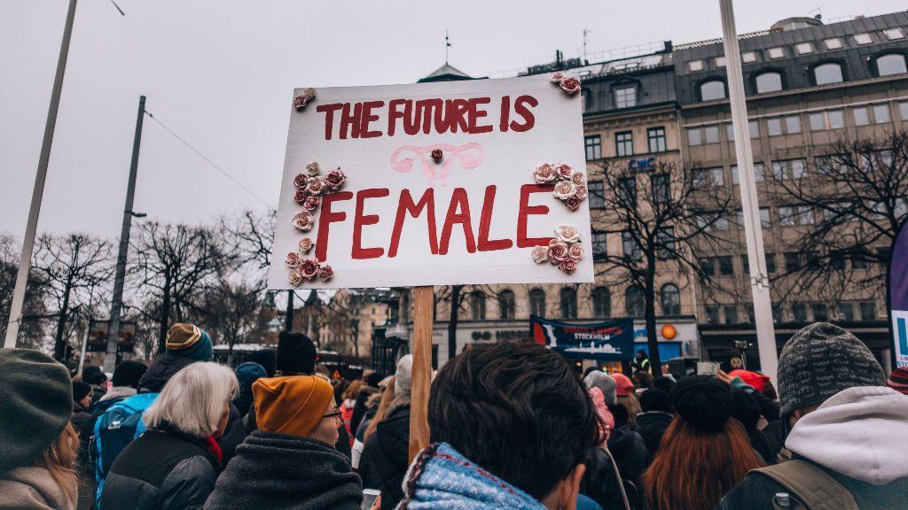 Día de la mujer: 5 pequeños cambios que puedes incorporar a tu día a día para fomentar la igualdad