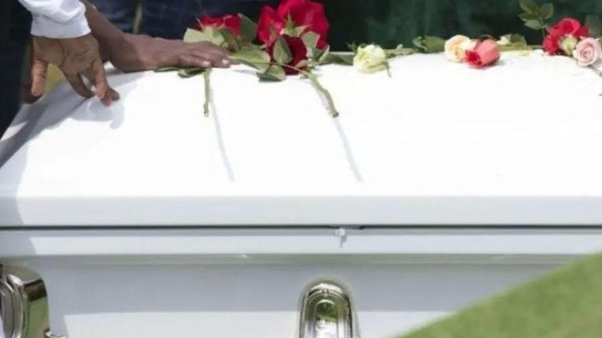 Sanidad desaconseja hacer autopsias y velar con el ataúd abierto a los muertos por el coronavirus
