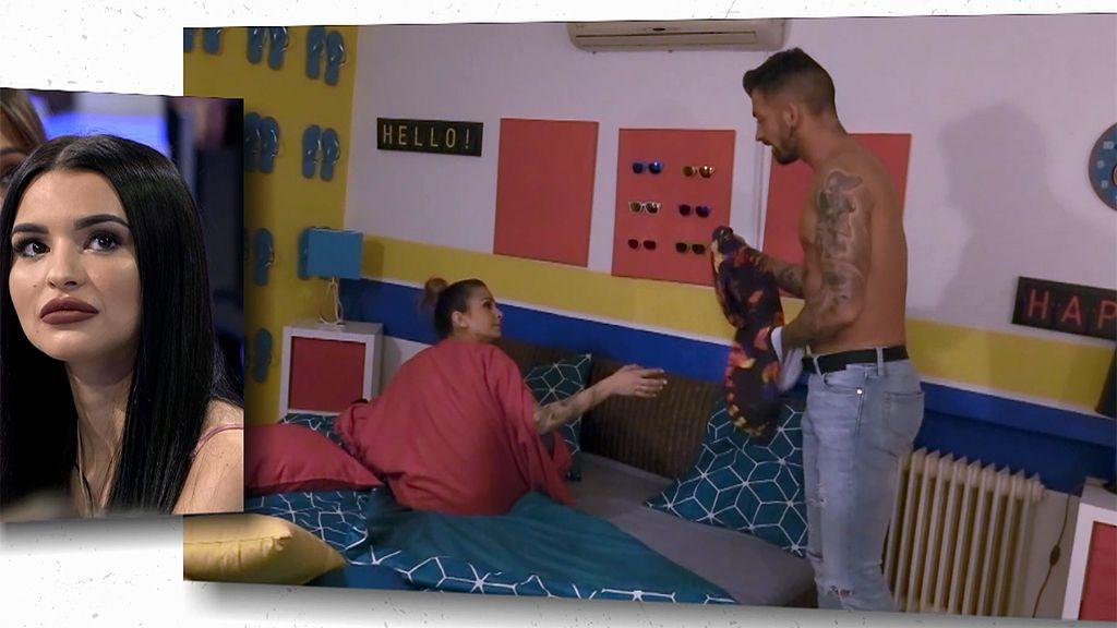 Rubén pasa la noche con Sandra y se besan por primera vez