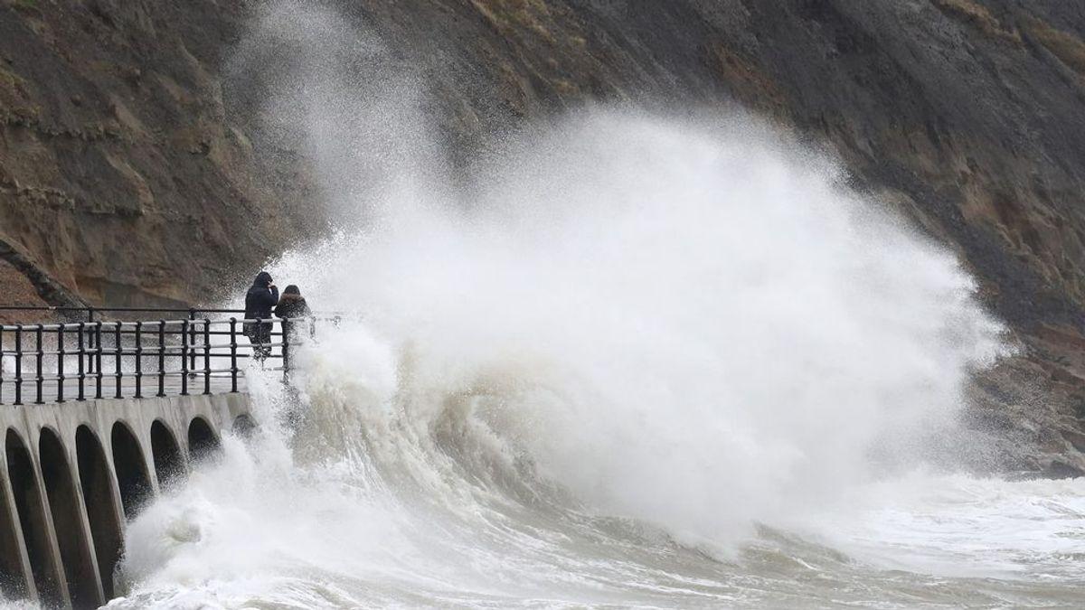 El temporal se recrudece: aviso rojo en el Cantábrico por olas de 7 metros