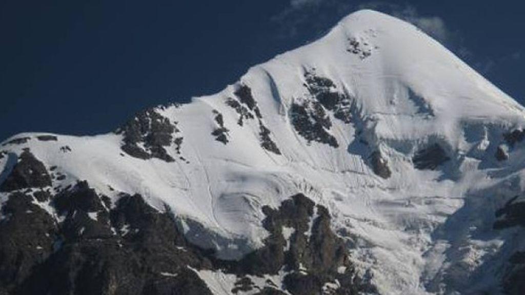 Mueren tres montañeros en Georgia, dos de ellos bomberos de la Generalitat, por un alud