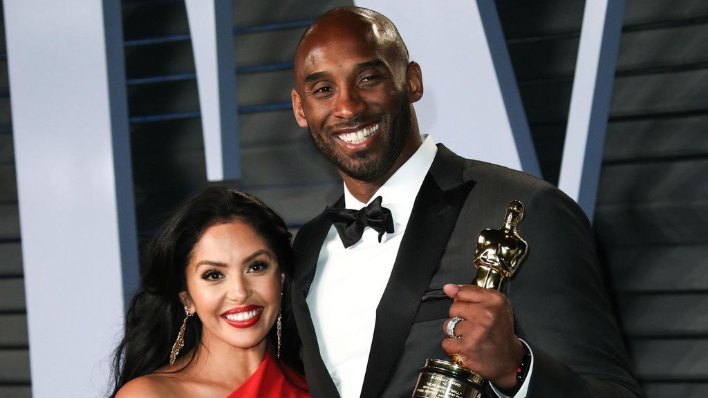 Kobe y Vanessa Bryant, en una de sus últimas apariciones antes del fatal accidente.