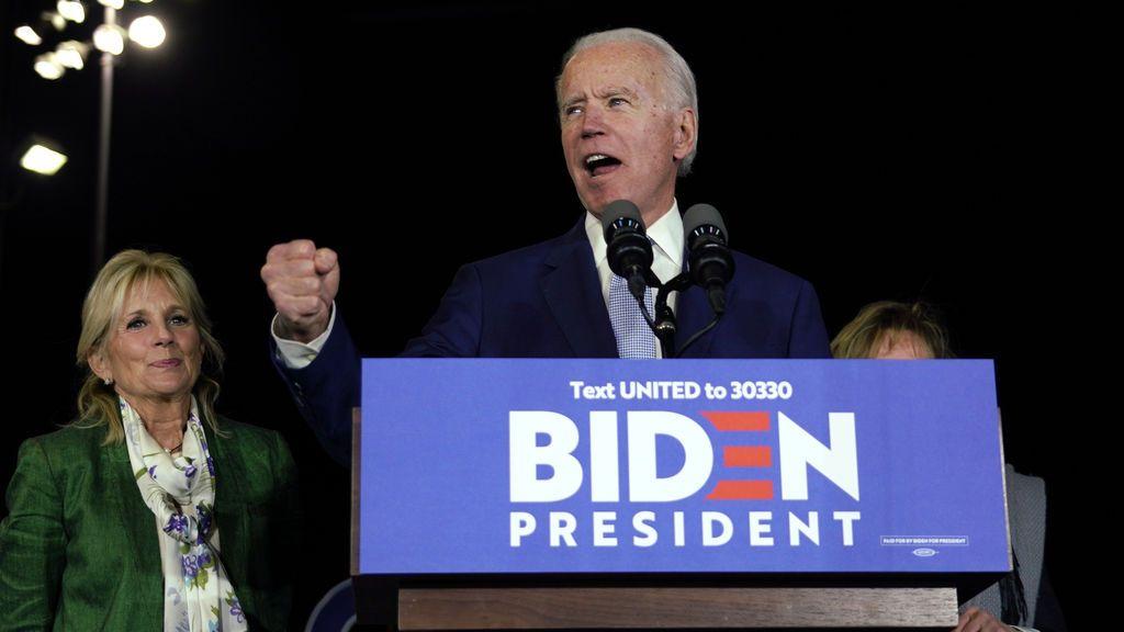 Biden y Sanders se disputan el liderazgo demócrata en el supermartes
