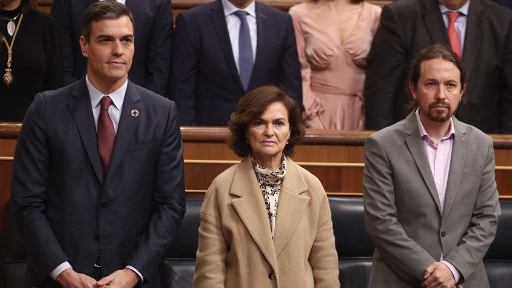 """Las ministras de Sánchez responden a Iglesias: """"No hay machistas en el Gobierno"""""""