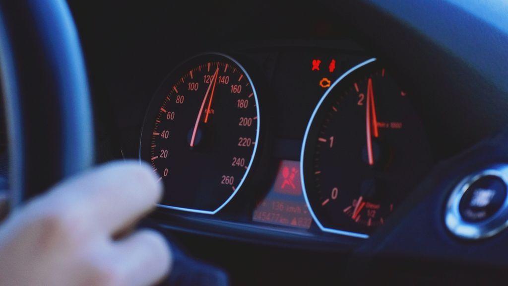 A muchas personas mayores les cuesta el reconocer que ya no son aptos para continuar al volante