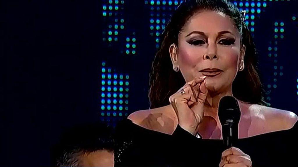 Isabel Pantoja llama en directo para anunciar su concierto en Madrid