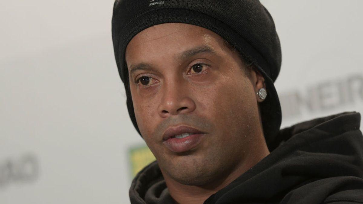 Ronaldinho, detenido en Paraguay por entrar con un pasaporte falso