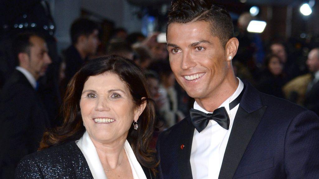 """La madre de Cristiano Ronaldo cuenta cómo se encuentra tras sufrir un ictus: """"Tuve suerte"""""""