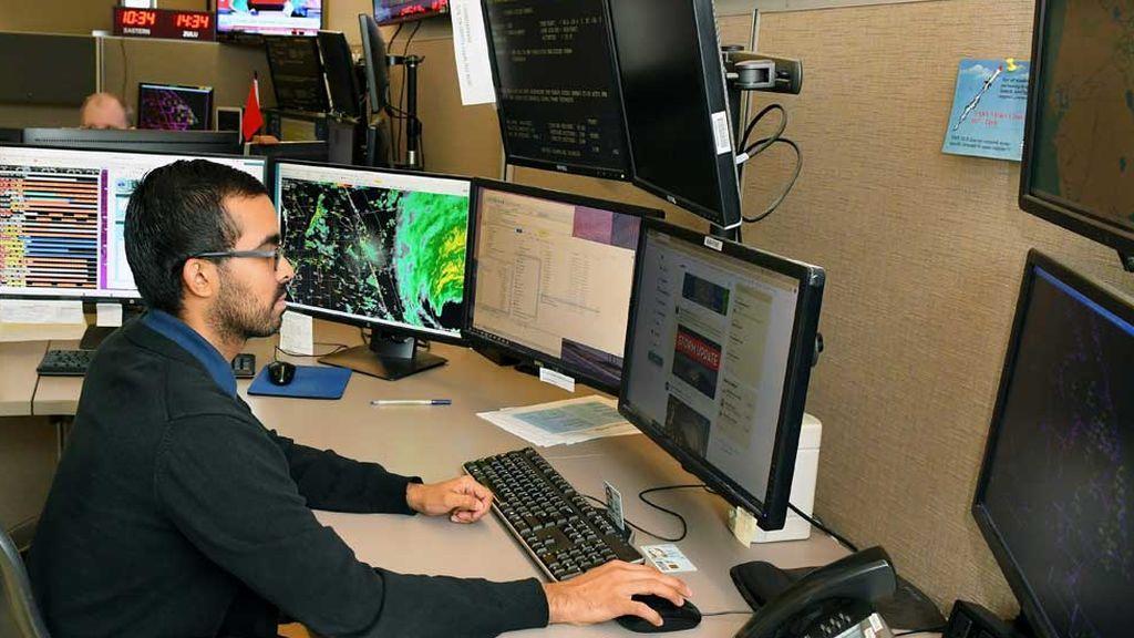 El meteorólogo Keven Rodríguez (Florida)