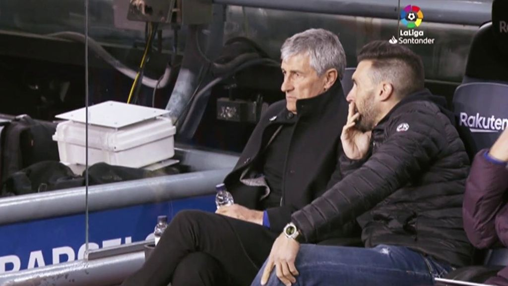 Setién se pone del lado de los jugadores y señala a Sarabia tras el Bernabéu