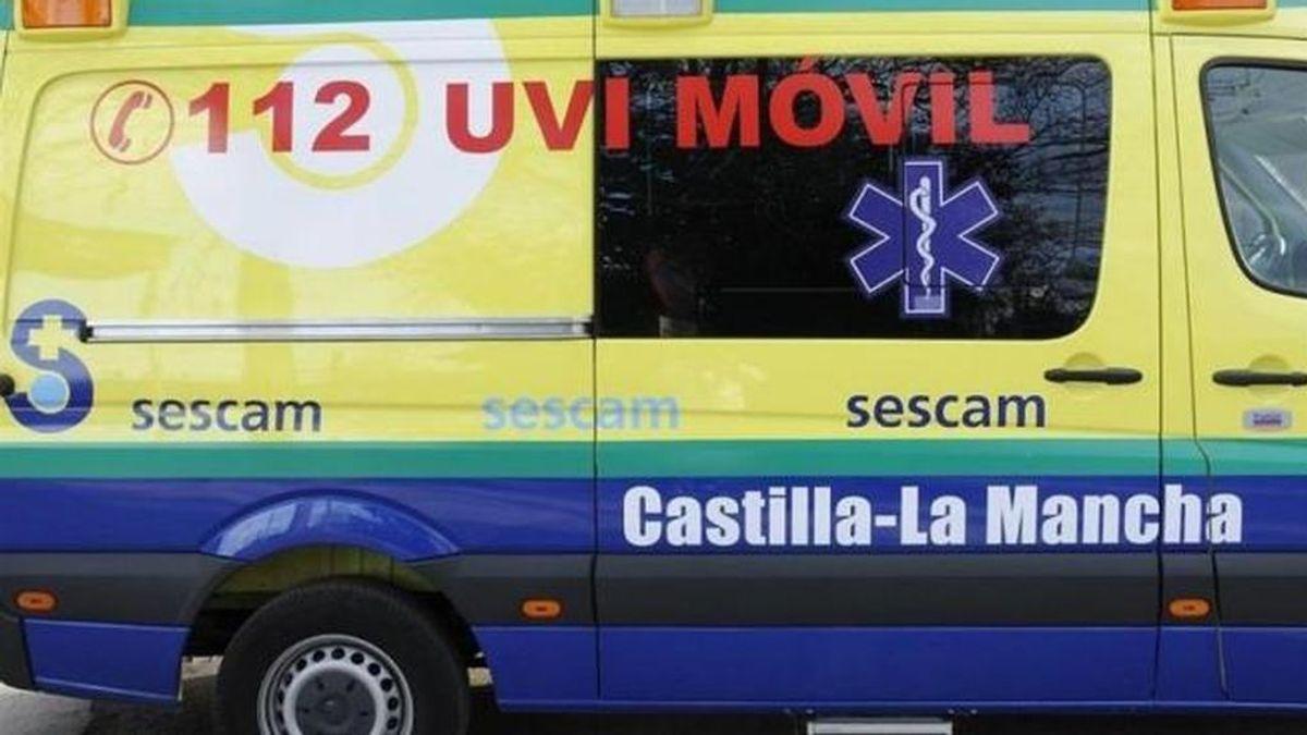 Mueren dos jóvenes al chocar su coche contra el pilar de un paso elevado Cuenca
