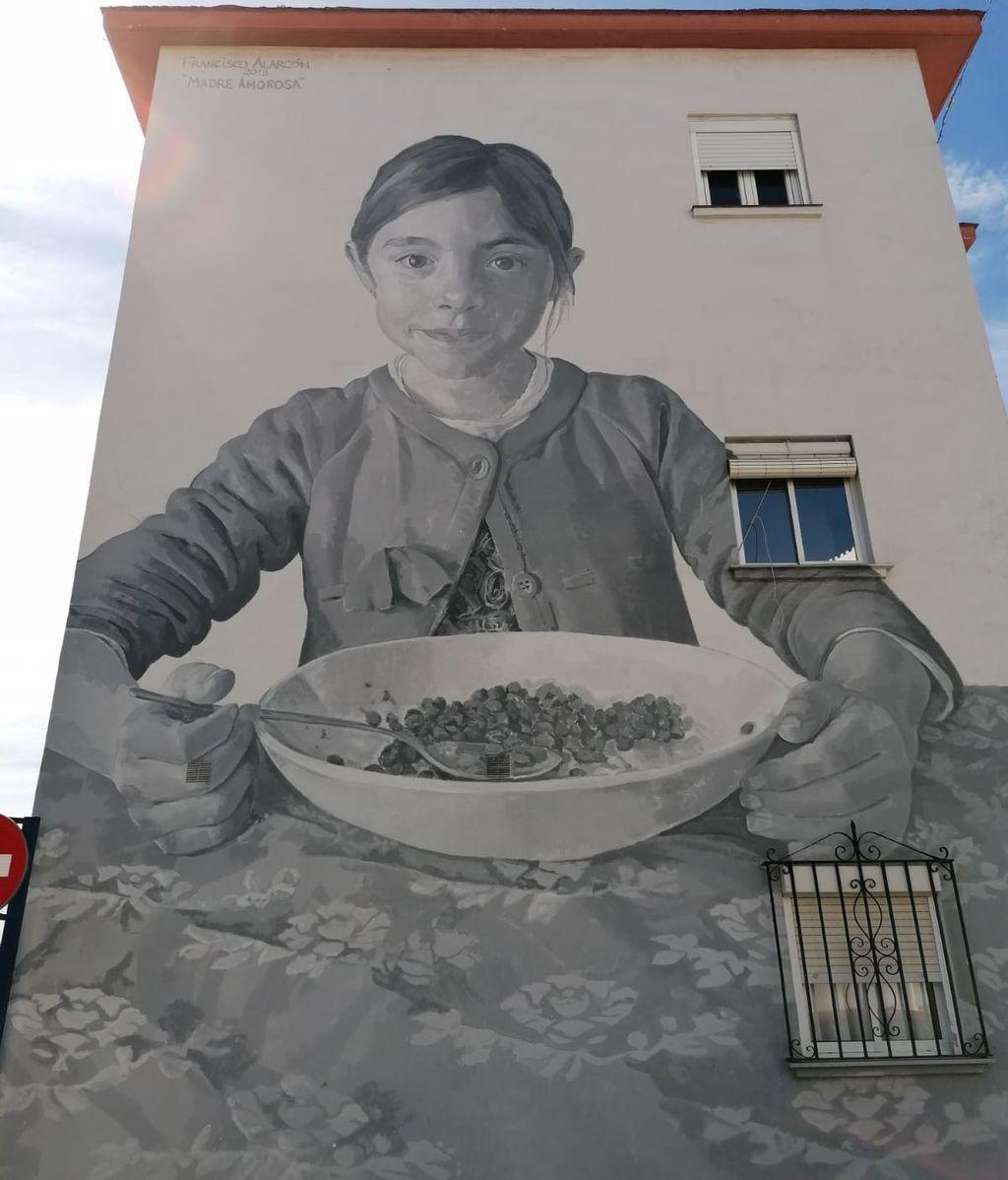 El título de este mural es 'Madre amorosa'