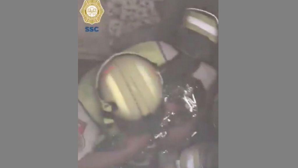 Detienen a una mujer tras abandonar su bebé recién nacido entre dos paredes