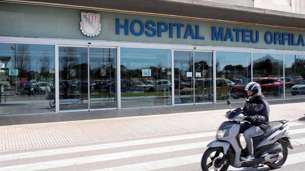 Coronavirus: en observación 27 profesionales sanitarios de Mahón que tuvieron contacto con el médico infectado