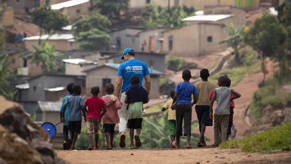 Jesús Vázquez visita los campos de refugiados de Ruanda