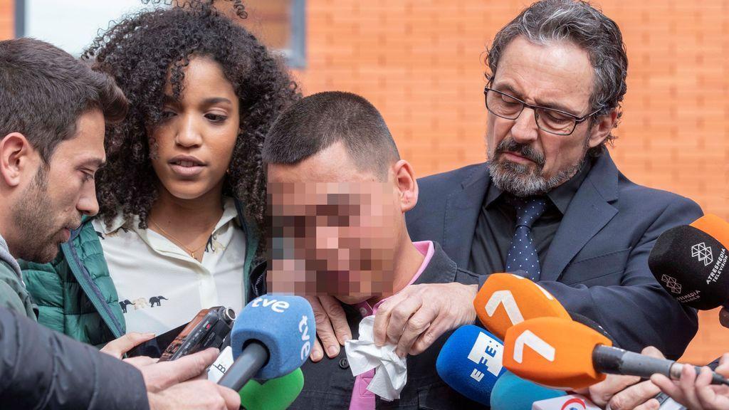 """Uno de los tres afganos acusados de violar a una turista norteamericana en Murcia: """"Me gustaría preguntarle por qué me está haciendo esto"""""""