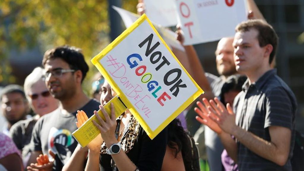 Protesta contra Google en la sede de California