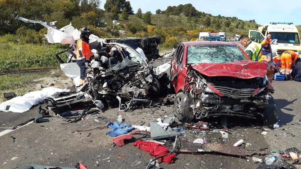 Una mujer despierta del coma al enterarse que su hijo y su novio fallecen en un accidente
