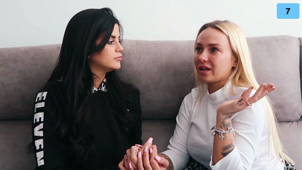 """Lola se reencuentra con su amiga Niki y ella le confiesa un nuevo amor: """"Creo que me lo merezco"""" (1/2)"""