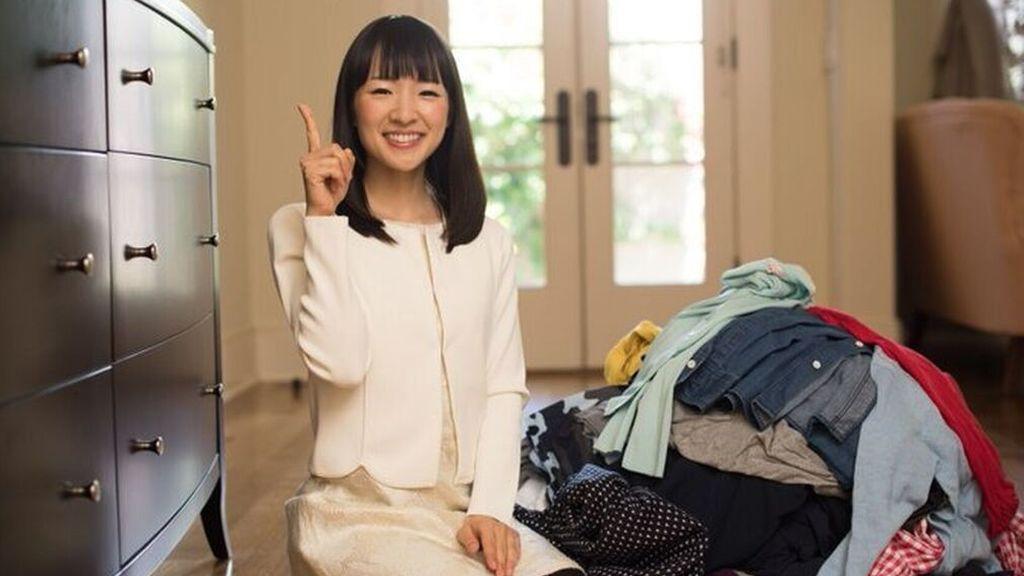 El arte de hacer la maleta de mano, según Marie Kondo