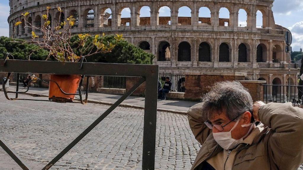 En Italia el drama es doble: con los familiares muertos en casa sin poder hacer nada por la cuarentena