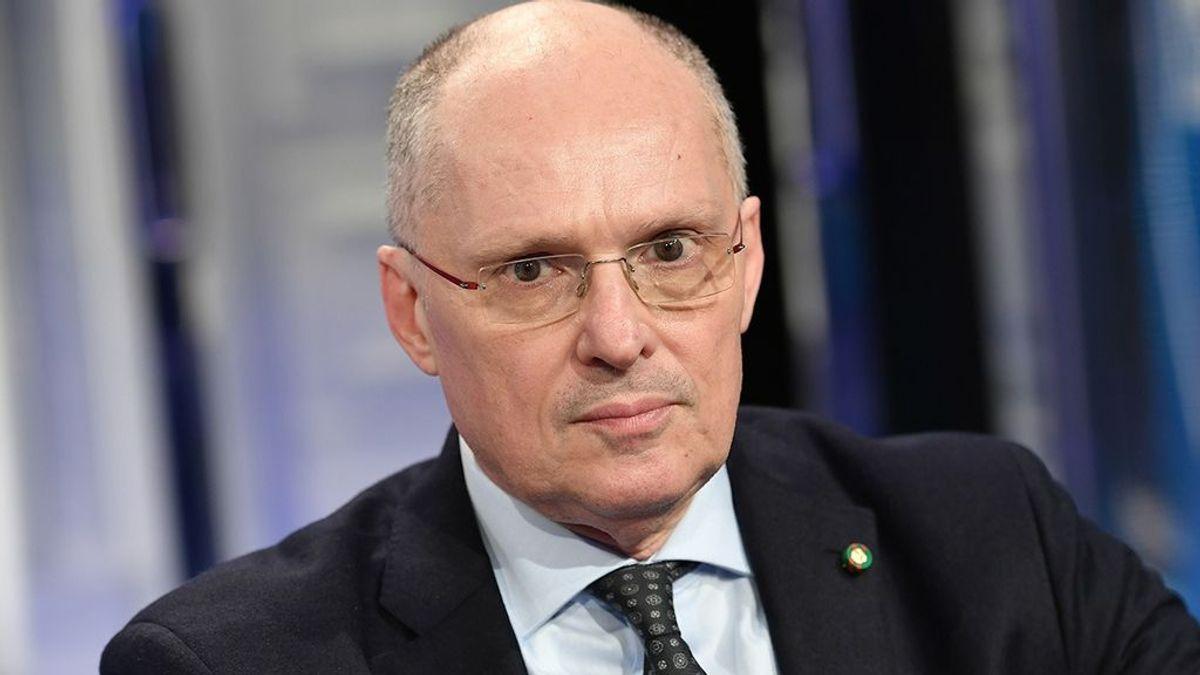 """El asesor italiano de la OMS: """"En España la gente también debería estar en casa y limitar sus movimientos"""""""