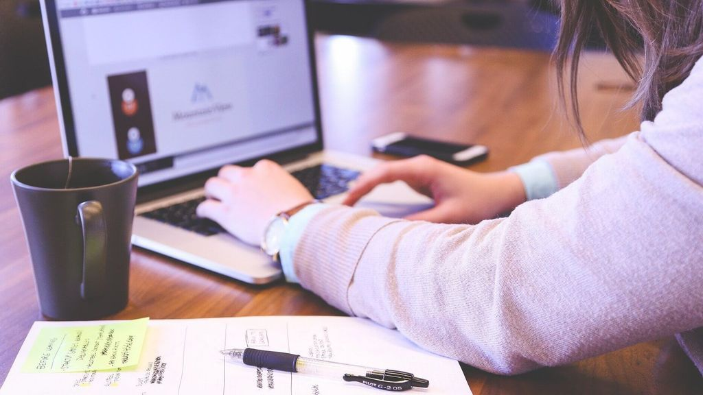 Las clases a través de internet son una realidad: así es la asistencia online